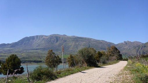 Dirt Track Around Rosamarina Lake - Sicily Cycling
