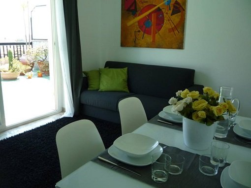gebel-grin-living-dining-room